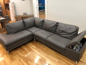 Sofa sectional right