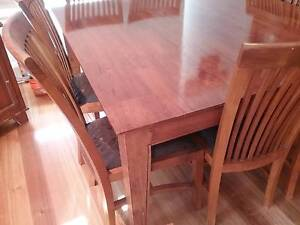 8 seater timber dining table Hampton Bayside Area Preview