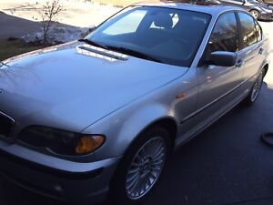 2003 BMW 325XI FOR SALE GREAT CONDITION FOR THE YEAR