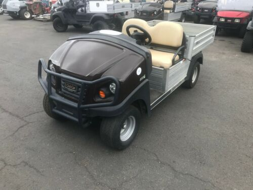 2015 Club Car Carryall 500 Electric Utility Vehicle (Ness Turf 110)