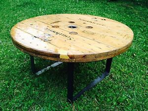Cable reel spool coffee table