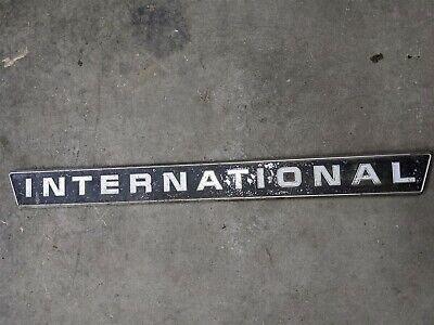 Emblem Ih International Farmall 656 756 826 856 1026 1256 1456
