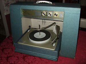 VINTAGE SEARS SILVERTONE PORTABLE RECORD PLAYER Stereo TUBES Awesome Blue Green