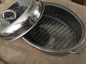 Stainless Roasting Pan With Vents & Drain Rack