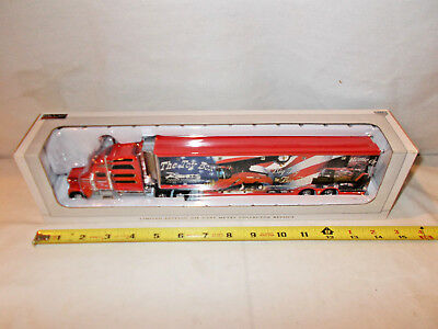 Case IH Roberts Pulling Team Freightliner Semi By SpecCast 1/64th Scale  !