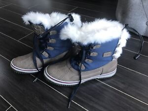 Pajar Canada winter boots size 9