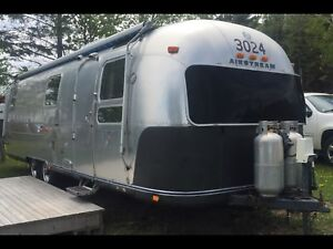 1973 Airstream Sovereign Land Yacht 31ft (Sold)