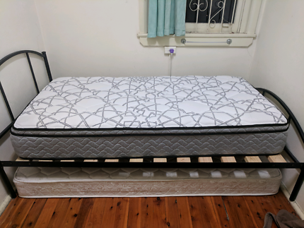 Single Mattress - 3 weeks old - bought new