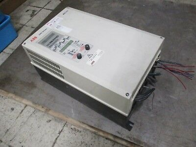 Abb Ach500 Ac Drive Ach501-075-4-09p2 75hp 3ph Input 440-500v 5060hz Used