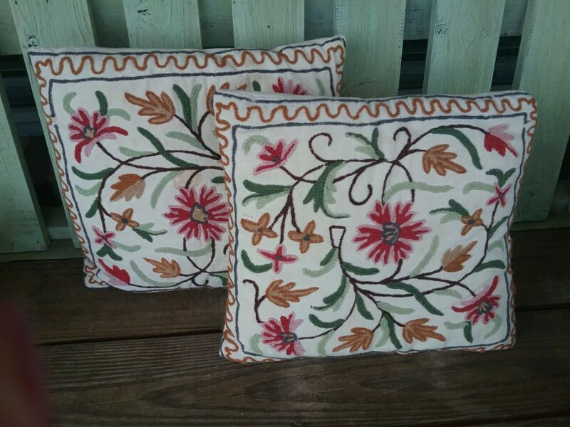Vintage Crewel Floral Designed Pillows Needlework Embroidery
