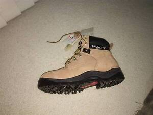 Mack Boots Bulldog Q Steel Toe Work Boots Honey Hornsby Hornsby Area Preview
