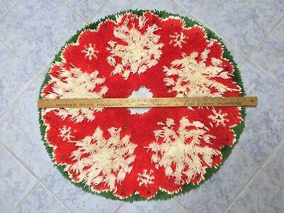 "Vtg Christmas Tree Skirt Latch Hook SnowFlake & Gr. Beads Handmade Brite Red 33"""