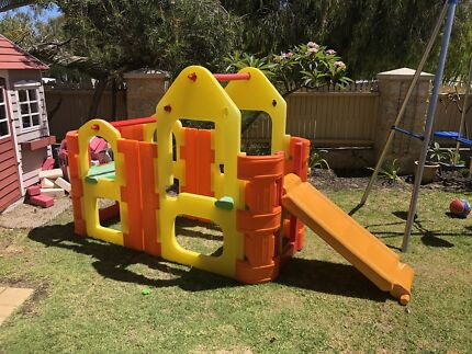 Play gym climbing frame with water sprinkler bar / slide