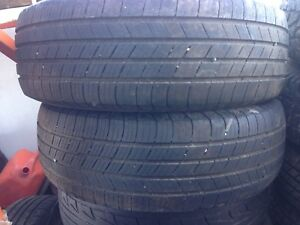 Two Michelin 225/65r16