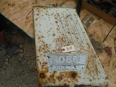Ih Farmall 1066 Tractor Left Radiator Panel With Luvers 318