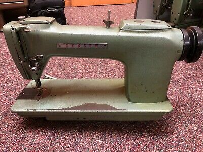 Consew 220 Plain Single Needle Lockstitch Industrial Sewing Machine Head Only