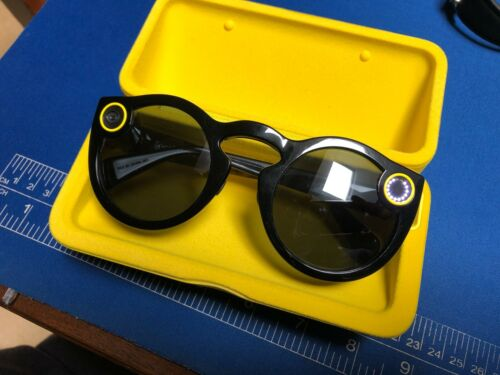 Snap Inc. Snapchat Spectacles Glasses Black w/ Charging Case and Cable - Tested
