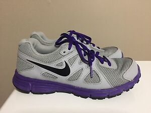Nike Revolution youth size 4.5 sneakers - like new