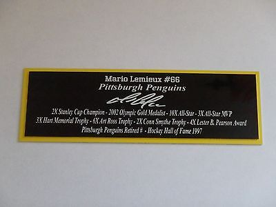 Mario Lemieux Autograph Nameplate Pittsburgh Penguin Helmet Photo Hockey Jersey