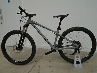 Vitus Nucleus 27 VR Mountain Bike (2021) - SMALL - GREY