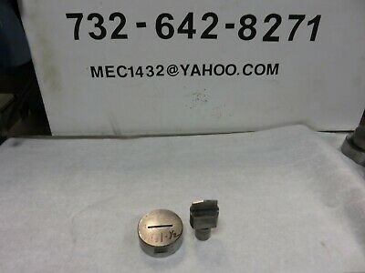 Roper Whitney Di-acro Punch Die Oval Slot 18 X1-112 Punch And Die 1 Shaft