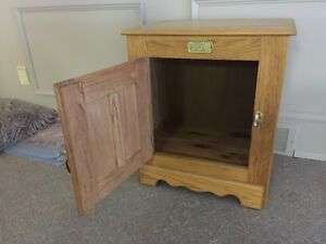 Oak ice box table
