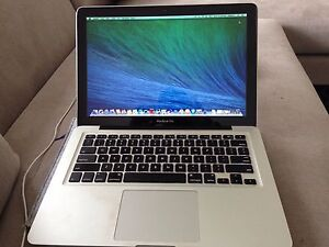 MacBook Pro 7.1 13 inch Curl Curl Manly Area Preview