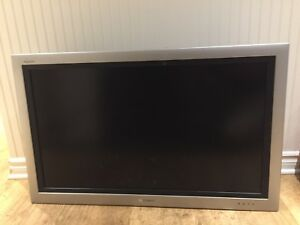"39"" flat screen tv"