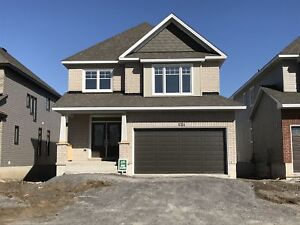 Recently built 4 bed in sought after Woodhaven-1054 Woodhaven