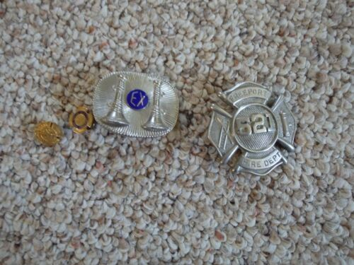 Rare Obsolete Vintage FREEPORT NEW YORK FIRE DEPARTMENT BADGE COLLECTION 1940
