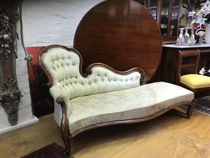Victorian antiques chaise longue