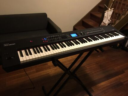 Roland RD800 with Roland Carry Bag Box Hill Whitehorse Area Preview