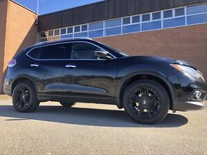 2014 Nissan Rogue SV AWD TECH PKG  **BEST DEAL!!!**