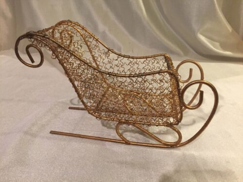 GOLD & TONE & GLITTER WIRE METAL CHRISTMAS HOLIDAY SLEIGH DECORATION COND: VG