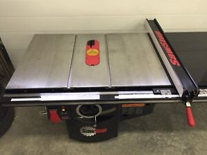 INDUSTRIAL SAWSTOP - 52 INCH FENCE - LIKE NEW