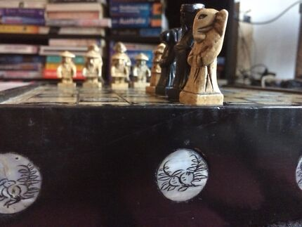 Complete chess set with mother of pearl inlay