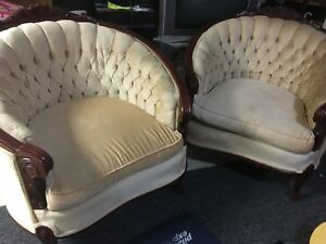 Fabric 1 Seater Sofas Victorian Style! Very good condition