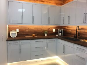 Warm Cozy Kitchen High Gloss Cabinets Warehouse Special