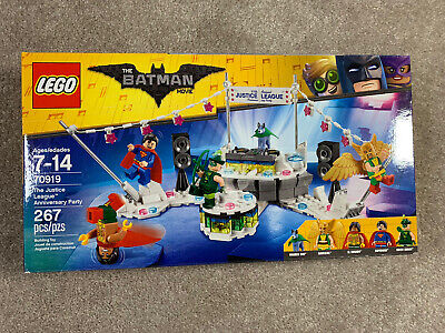 LEGO BATMAN MOVIE DC - The Justice League Anniversary Party 70919 set New Sealed