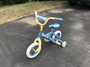 """10"""" Bicycle with training wheels"""