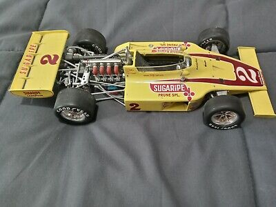 1/18 scale diecast cars used preowned