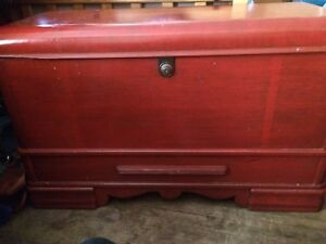 1940s hope chest