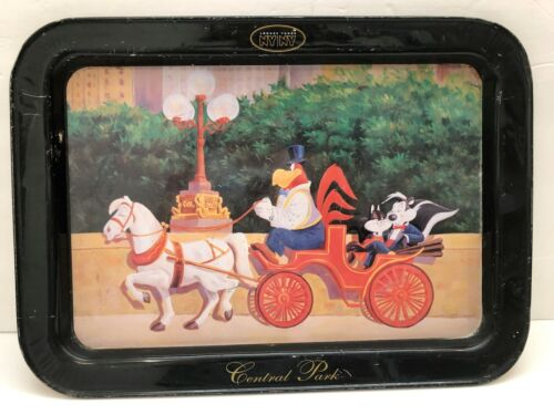 LOONEY TUNES CENTRAL PARK NY/ NY METAL-SERVING-TV-DINNER TRAY-PEPE LE PEW PENLOP