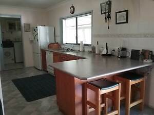 Second Hand Kitchen, galley style Inverell Inverell Area Preview