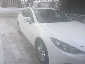 Mazda 3 gs toit ouvrant ( reprise de bail )