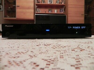 Pioneer BDP 320 Blu-Ray Player