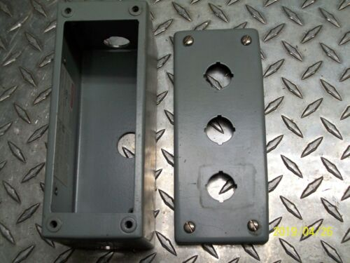 E-3PBGX HOFFMAN 3 HOLE PUSH BUTTON ENCLOSURE