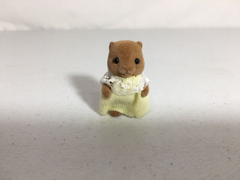 Calico critters/sylvanian families Waters Beaver Baby