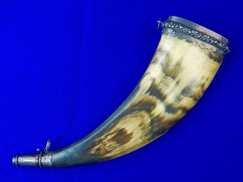 Antique 19 Century Victorian Scotland Scottish Cow Horn & Silver Powder Flask