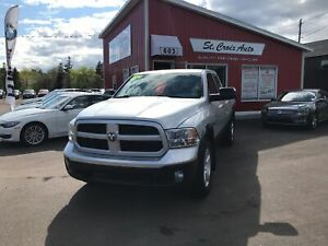 2014 Ram 1500 Outdoorsman Hemi. Buckets 8.4 screen